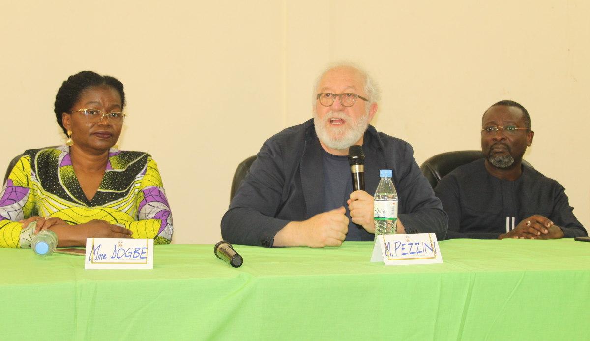 M. Mario Pezzini en conférence à  l'Université de Kara